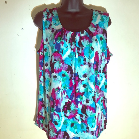 cf157924737075 Kasper Tops | Flowered Top | Poshmark